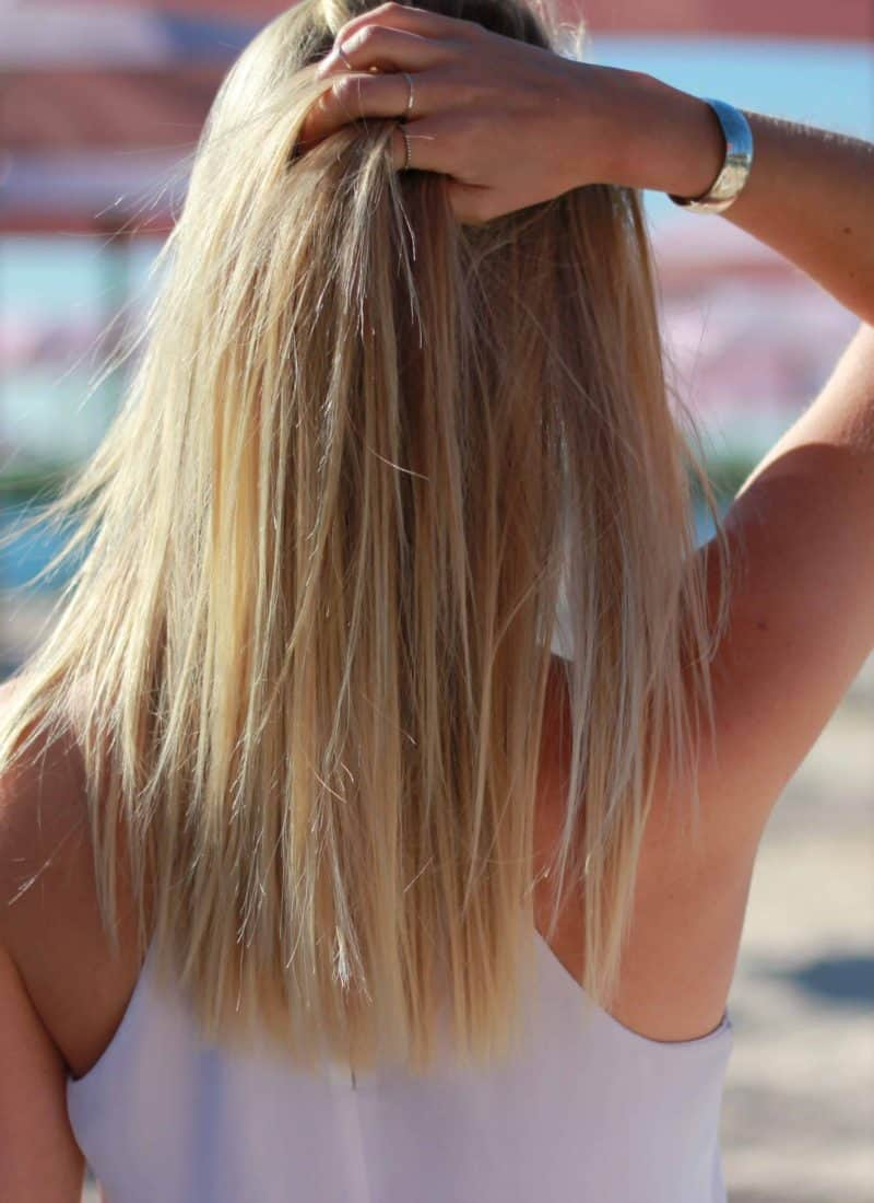 7 Tips On How To Stop Hair Breakage!