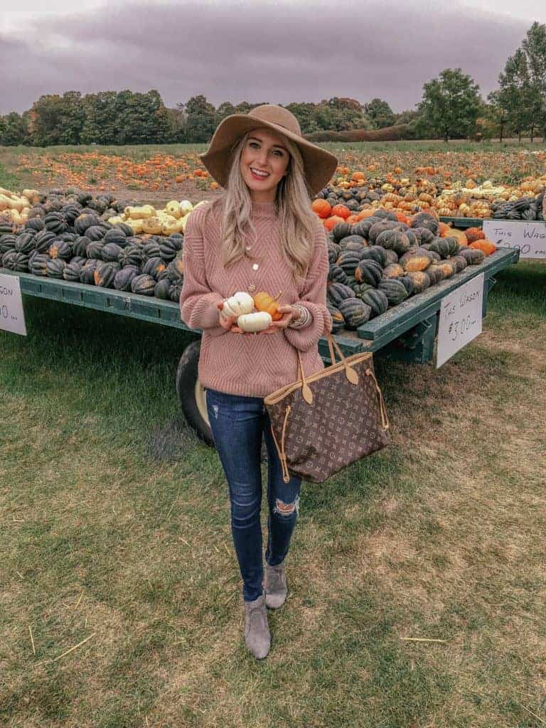 fall activities, fall activities for adults, fall activities for kids, fall things to do, fall things, pumpkin patch, sweater weather, felt hat, all sweater, fashion blogger, prada & pearls, prada and pearls