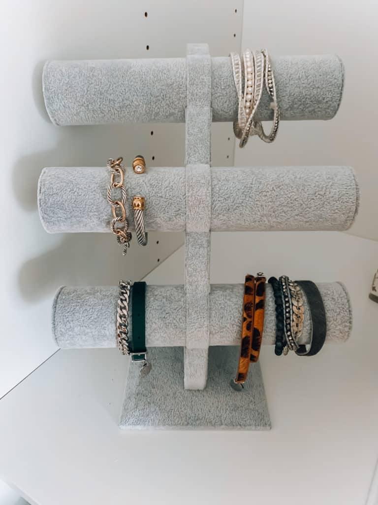 prada and pearls, fashion blogger, amazon, amazon things to buy, amazon must haves, amazon fashion, amazon style, amazon march haul, organization, bracelet organizer, jewelry organizer