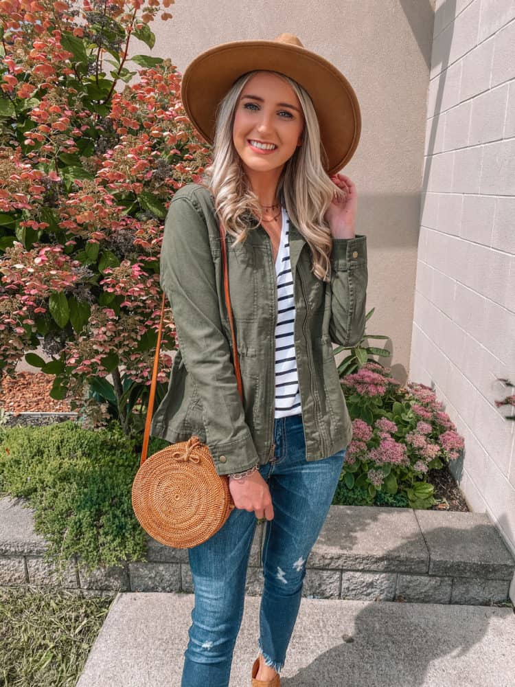 fall outfit, fall outfits, cute fall outfits, fall outfit 2020, casual fall outfits, green utility jacket outfit, green utility jacket, trendy fall outfit, old navy outfits, fall fashion, fall fashion 2020, fall fashion trends, Prada & Pearls