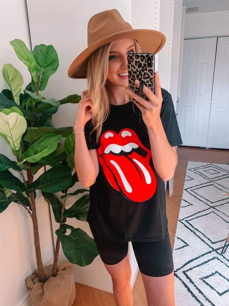 fall transition outfits, fall outfit, band tee, kiss graphic tee, fall transition outfits casual, fall outfits women, casual fall outfits, casual outfits, outfit roundup, Prada and pearls, graphic tee
