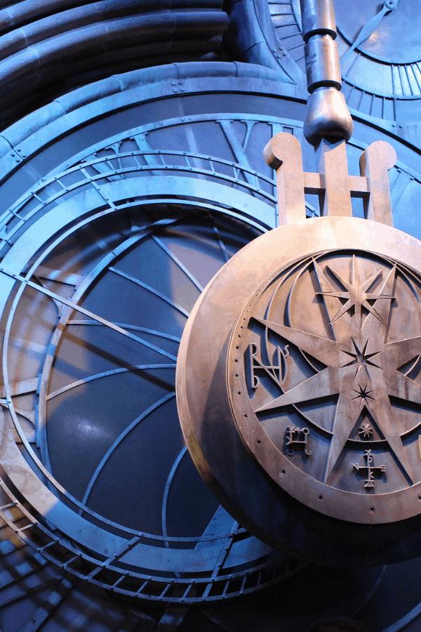 ravenclaw, ravenclaw wallpaper iphone, ravenclaw wallpaper, harry potter aesthetic, harry potter wallpaper, ravenclaw aesthetic blue, harry potter ravenclaw aesthetic, ravenclaw aesthetic dark, ravenclaw wallpaper aesthetic, ravenclaw aesthetic, blue clock