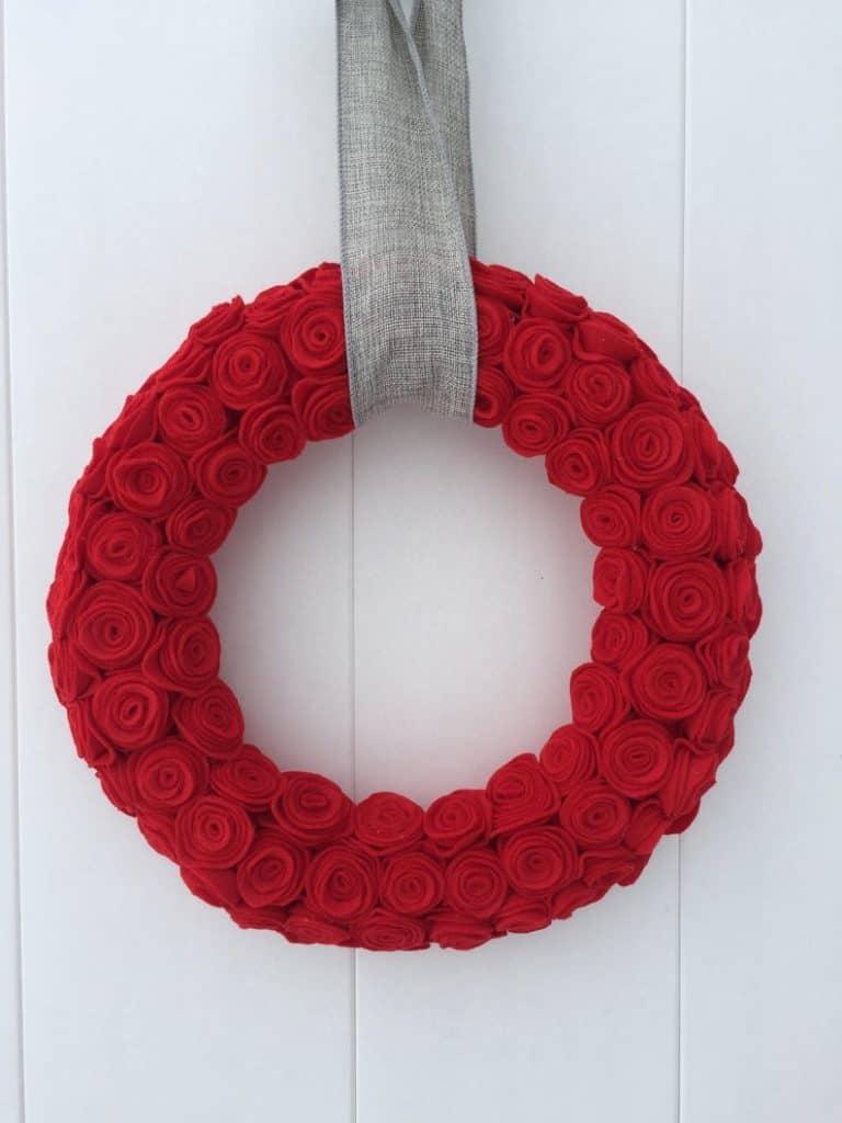 valentines day wreath, valentines day, valentines day decorations, valentines day wreath DIY, valentines day wreath mesh, valentines day wreath ideas, valentines day wreath diy front doors, valentines day decorations for home, wreaths for front door, red wreath, heart wreath, heart wreath DIY, rose wreath