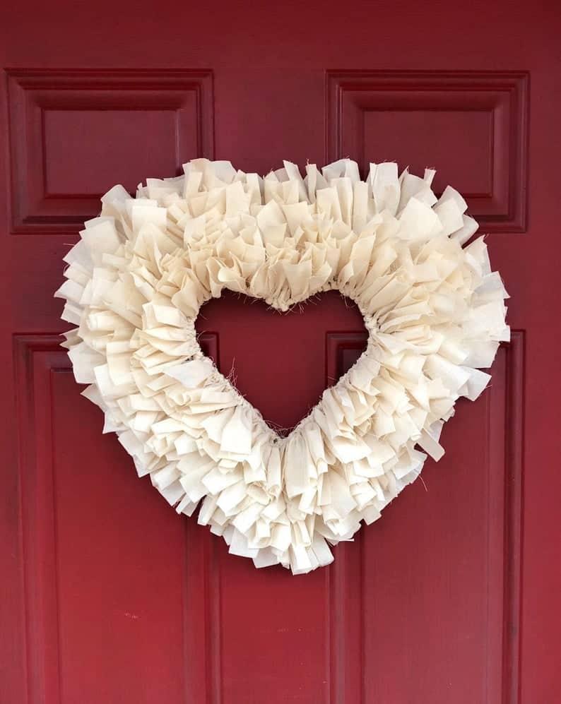 valentines day wreath, valentines day, valentines day decorations, valentines day wreath DIY, valentines day wreath mesh, valentines day wreath ideas, valentines day wreath diy front doors, valentines day decorations for home, wreaths for front door, red wreath, heart wreath, heart wreath DIY, white wreath