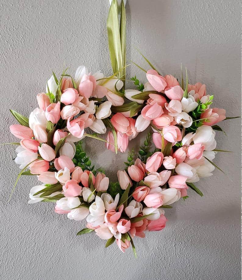 valentines day wreath, valentines day, valentines day decorations, valentines day wreath DIY, valentines day wreath mesh, valentines day wreath ideas, valentines day wreath diy front doors, valentines day decorations for home, wreaths for front door, red wreath, heart wreath, heart wreath DIY, tulip heart wreath