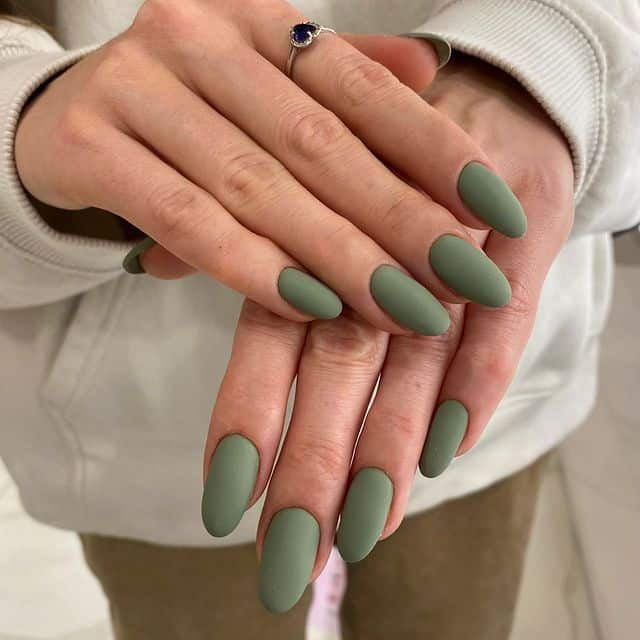 matte nails, matte nails coffin, matte nails acrylic, matte nails design, matte nails green, matte nails khaki, matte nails art