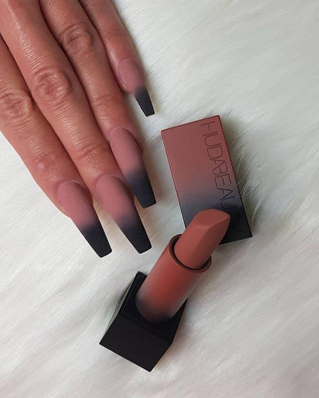 matte nails, matte nails coffin, matte nails acrylic, matte nails design, matte nails black, matte nails nude, matte nails art