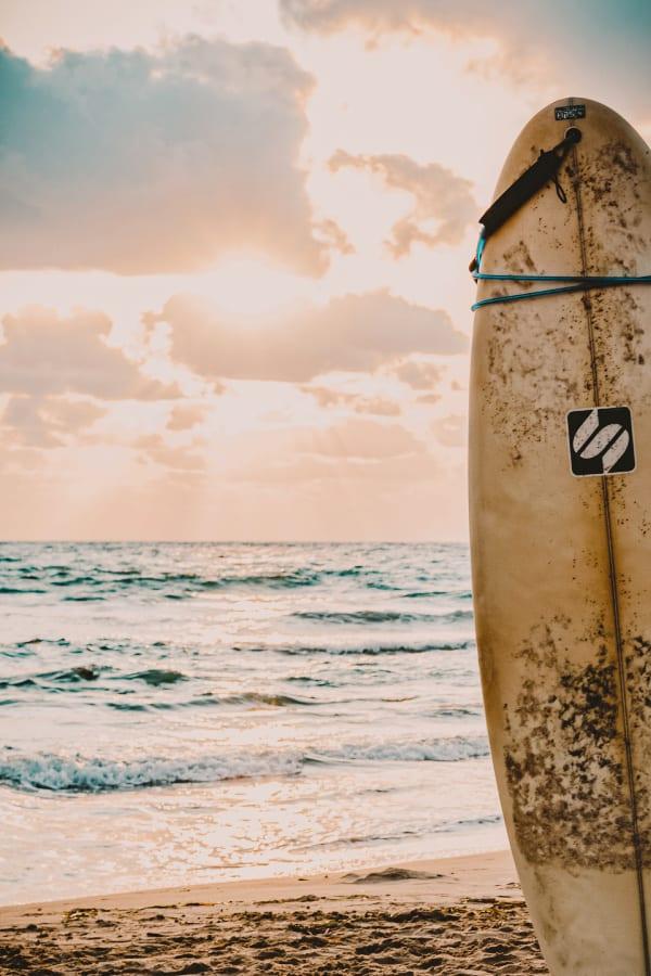 beach aesthetic, beach wallpaper, beach backgrounds, surfer wallpaper, sky wallpaper, cloud wallpaper