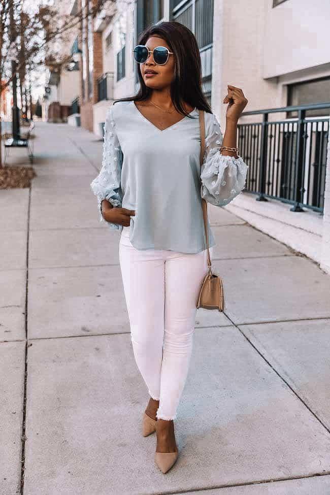 baby blue blouse, light blue top, polka dot blouse, white denim, how to style white denim