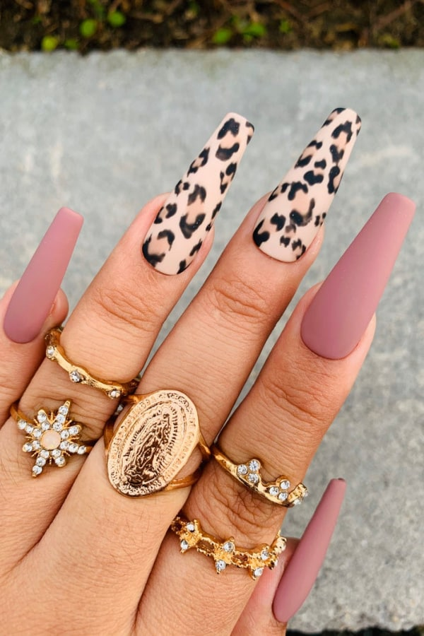 30+ Best Press On Nails of 2021 You Need To Try!