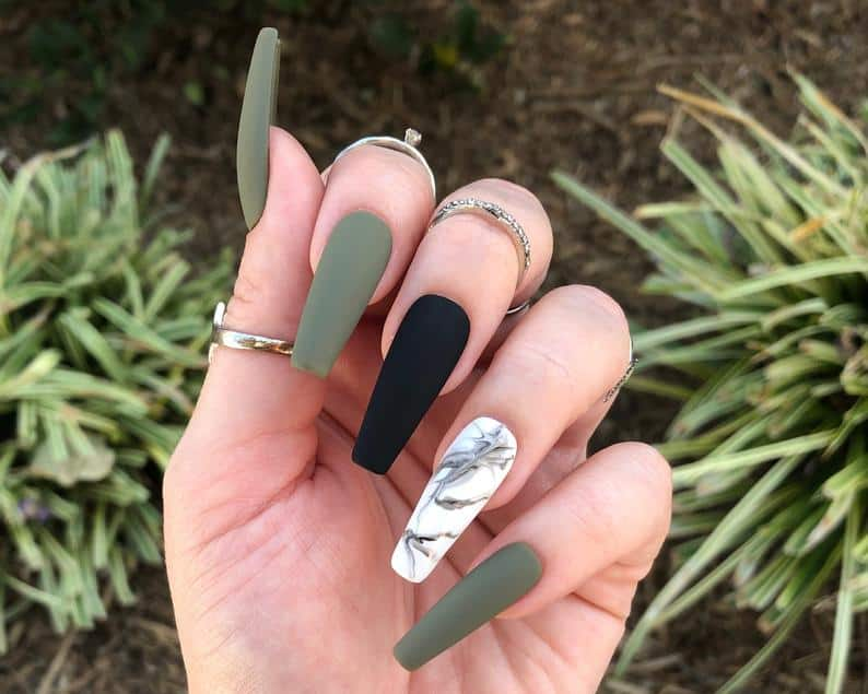 press on nails, best press on nails 2021, cute press on nails, press on nail designs, press on nails short, press on nails coffin, press on nail designs pink, spring press on nails, abstract press on nails, marble nails