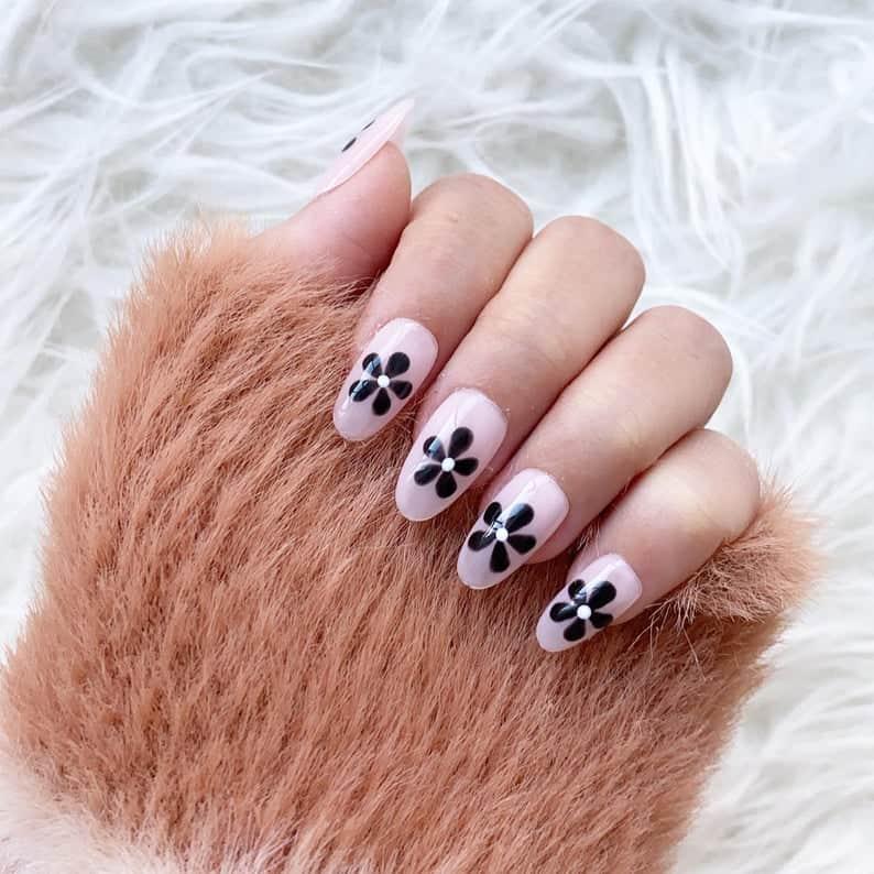 press on nails, best press on nails 2021, cute press on nails, press on nail designs, press on nails short, press on nails coffin, press on nail designs pink, spring press on nails, abstract press on nails, floral nails, black floral nails, pink nails