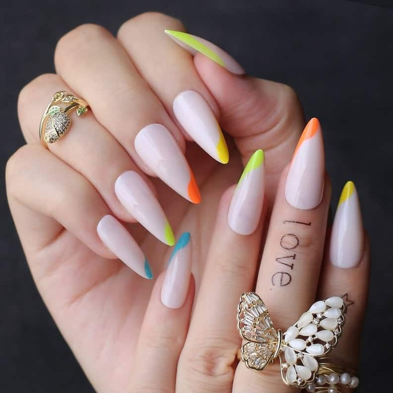 press on nails, best press on nails 2021, cute press on nails, press on nail designs, press on nails short, press on nails coffin, press on nail designs pink, spring press on nails, abstract press on nails, rainbow nails, French tip nails