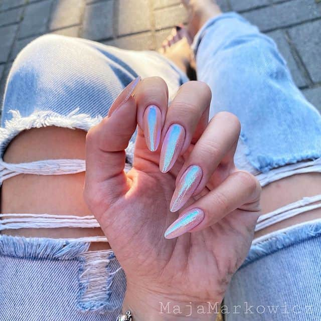 summer nails, summer nails 2021, summer nail ideas, summer nail colors, summer nails acrylic, summer nail designs, summer nail art, easy summer nails, cute summer nails, summer nails short, summer nail trends, holographic nails, sparkle nail art