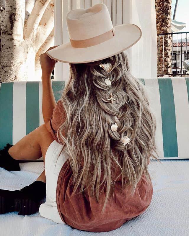 braided hairstyle, long braided hairstyle, boho braids, boho braids hairstyle, easy braided hairstyle, wedding hair, wedding hairstyles, braided wedding hair, braids for long hair, braided hairstyles for wedding, braided hairstyles for long hair, Beachy braids, Beachy hairstyle