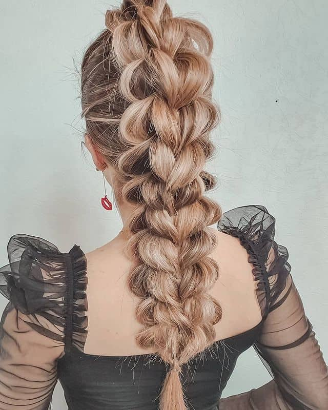 braided hairstyle, long braided hairstyle, boho braids, boho braids hairstyle, easy braided hairstyle, wedding hair, wedding hairstyles, braided wedding hair, braids for long hair, braided hairstyles for wedding, braided hairstyles for long hair, 3D braids, 3D braided hairstyle