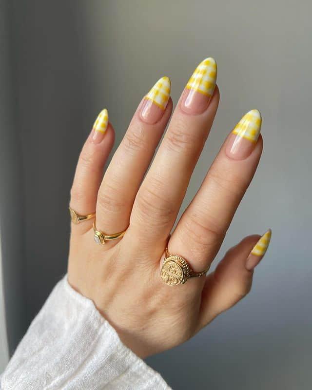 summer nails, summer nails 2021, summer nail ideas, summer nail colors, summer nails acrylic, summer nail designs, summer nail art, easy summer nails, cute summer nails, summer nails short, summer nail trends, yellow nails, yellow nail ideas, gingham nails