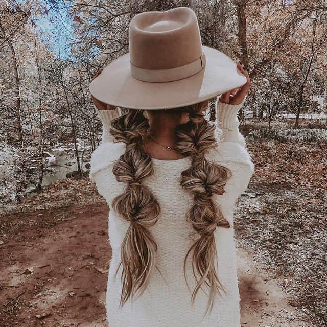 braided hairstyle, long braided hairstyle, boho braids, boho braids hairstyle, easy braided hairstyle, wedding hair, wedding hairstyles, braided wedding hair, braids for long hair, braided hairstyles for wedding, braided hairstyles for long hair, bubble braid hairstyle, bubble braid, Pigtail braids