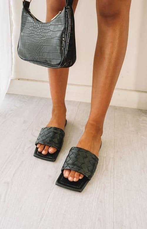 spring sandals, sandals, waffle sandals, spring sandals 2021, spring sandals flats, black sandals, black slides, waffle slides