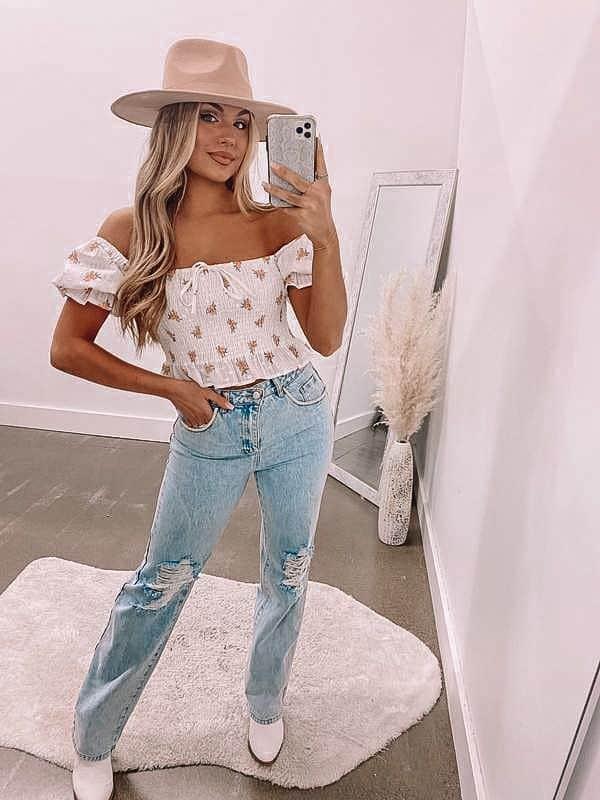 crop top, crop top outfit, crop top pattern, crop top outfit ideas, crop top fashion, smocked top, smocked crop top, crop top with jeans