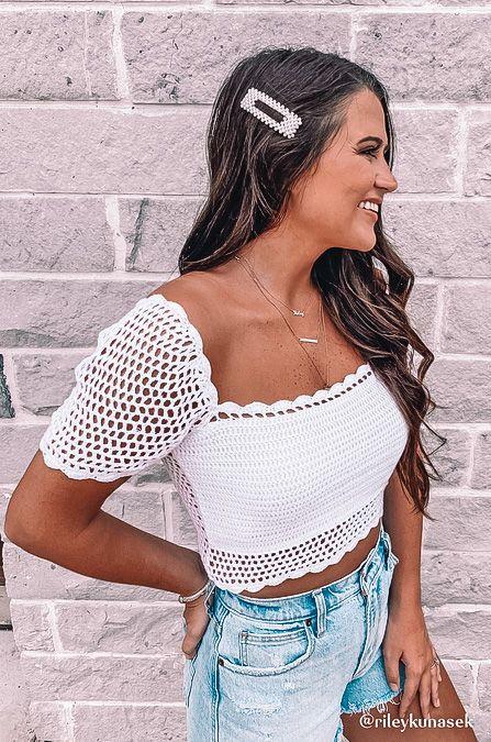 crop top, crop top outfit, crop top pattern, crop top outfit ideas, crop top fashion, white crop top, crochet crop top