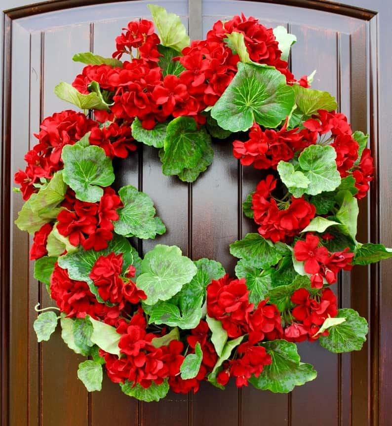 summer wreath, summer wreath ideas, summer wreath DIY, summer wreaths for front door, floral wreath, wreaths for front door, wreath ideas, red wreath, red floral wreath