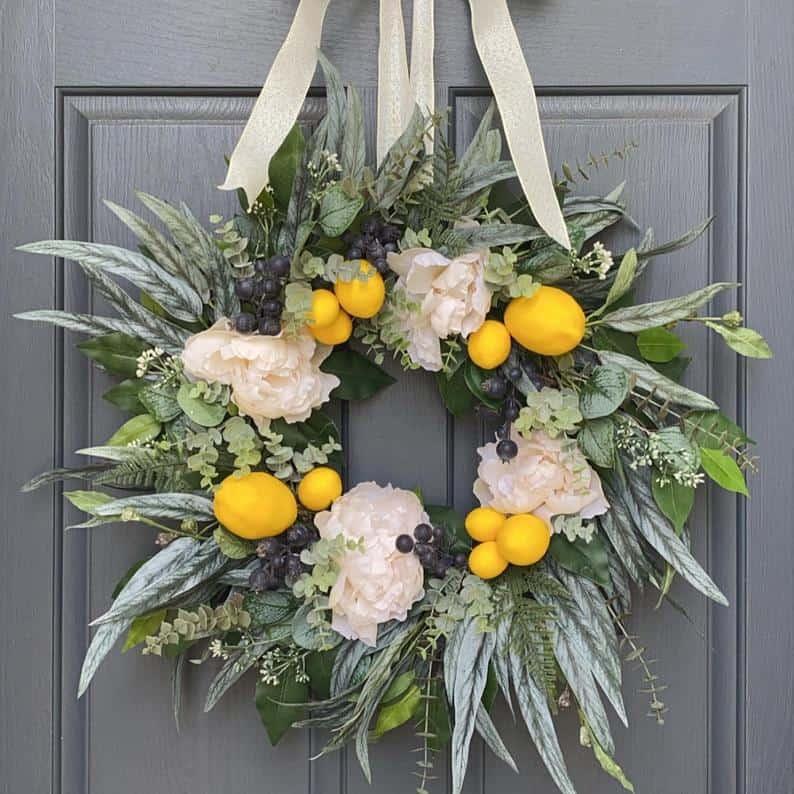 summer wreath, summer wreath ideas, summer wreath DIY, summer wreaths for front door, floral wreath, wreaths for front door, wreath ideas, lemon wreath, fruit wreath
