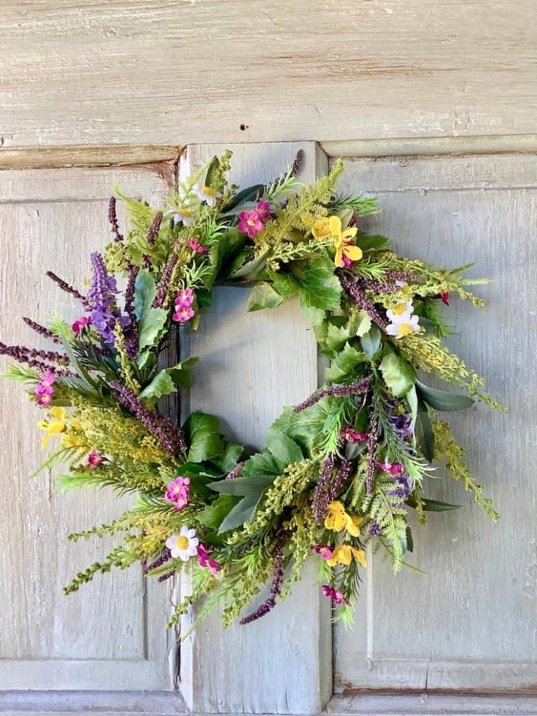summer wreath, summer wreath ideas, summer wreath DIY, summer wreaths for front door, floral wreath, wreaths for front door, wreath ideas