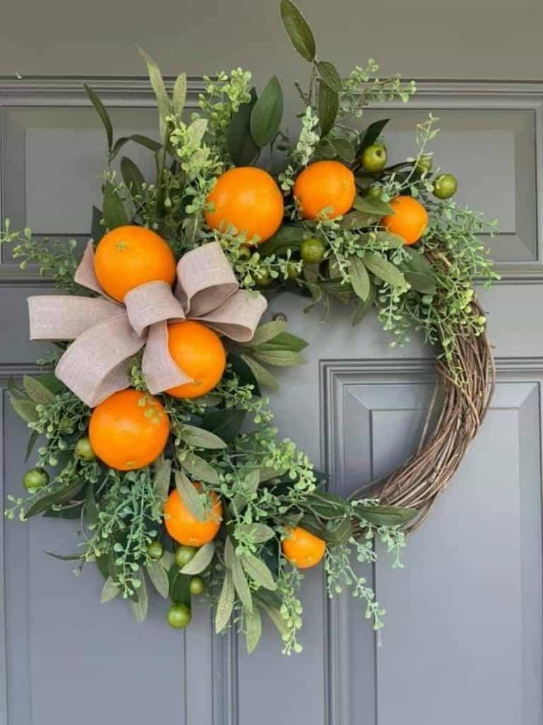 summer wreath, summer wreath ideas, summer wreath DIY, summer wreaths for front door, floral wreath, wreaths for front door, wreath ideas, orange wreath, fruit wreath
