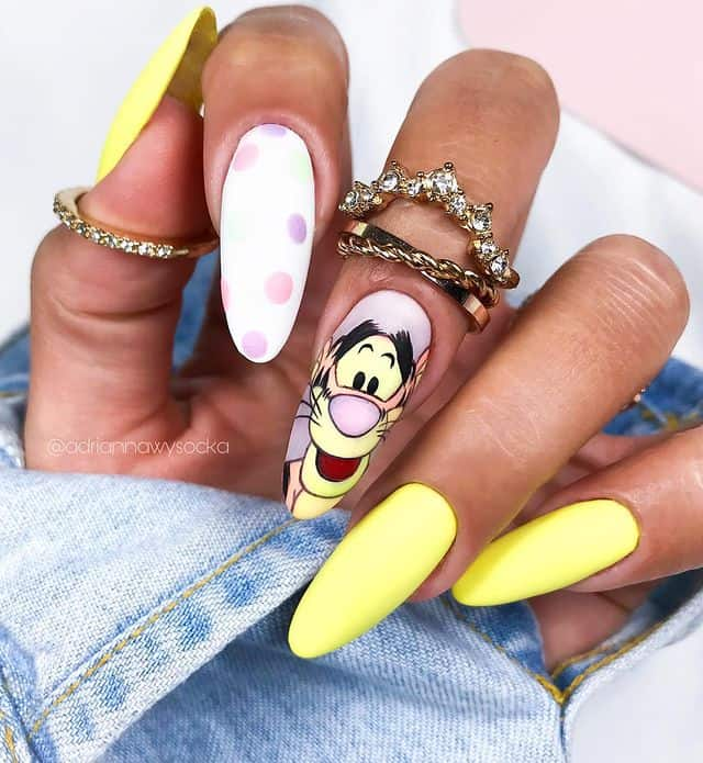Disney Nails, disney nail designs, Disney Nails simple, disney nail art, Disney Nails acrylic, disney nail ideas, Disney Nails easy, tiger nails, Winnie the Pooh nails, Winnie the Pooh nail design