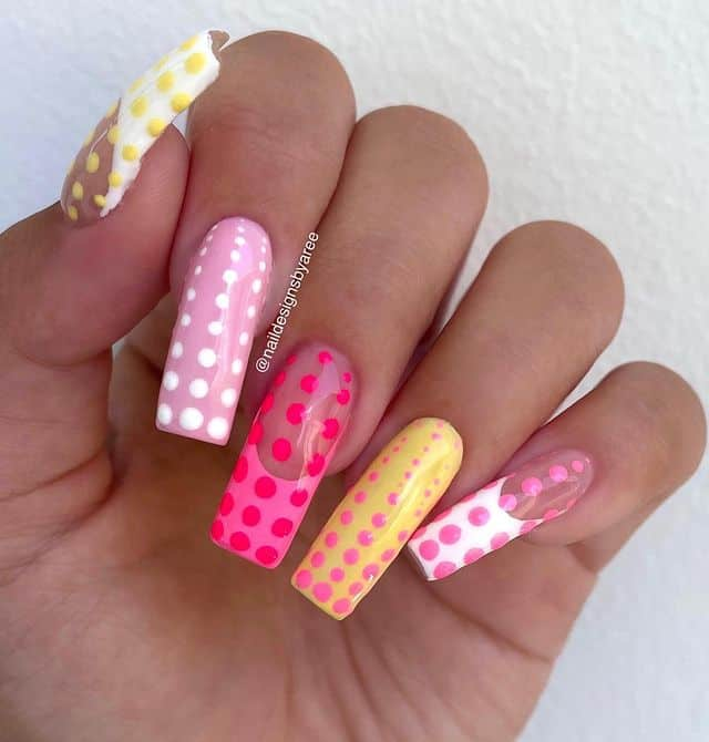 vacation nails, vacation nails acrylic, vacation nails simple, vacation nails 2021, beach nails, beachy nails, beach nails vacation, beach nail designs, polka dot nails, pink nails, yellow nails