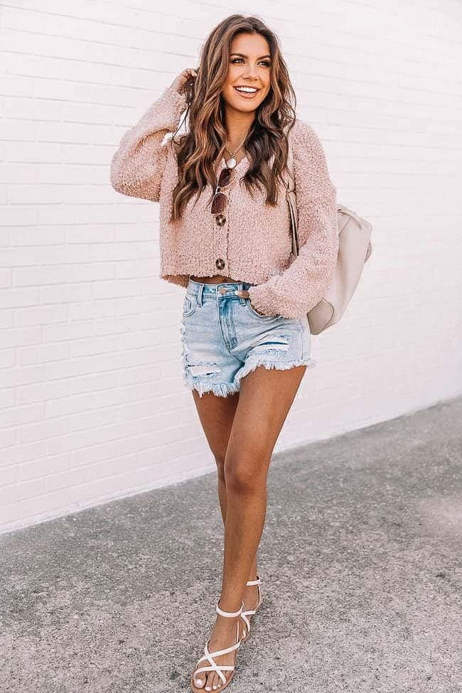 casual summer outfits, casual summer outfits for women, casual summer outfits for teens, summer outfits, summer outfits 2021, summer outfits aesthetic, cropped sweater outfit, pink sweater outfit, denim shorts outfit
