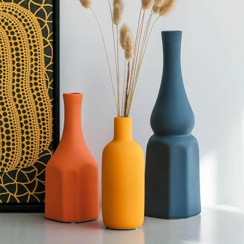 vase, vase decorating ideas, vases decor, vase filler ideas, DIY vase, flower vase, flower vases, ceramic vase, modern decor, pastel vase, bright vase