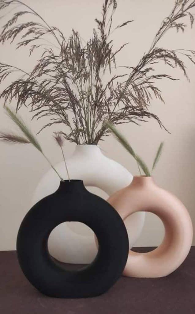 vase, vase decorating ideas, vases decor, vase filler ideas, DIY vase, flower vase, flower vases, ceramic vase, modern decor, donut vase, nordic vase