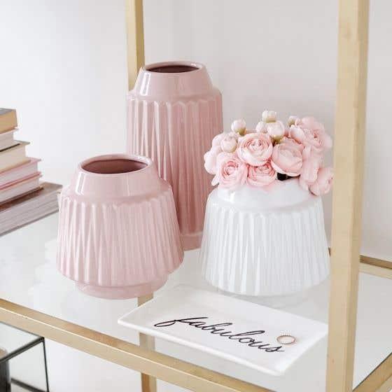 vase, vase decorating ideas, vases decor, vase filler ideas, DIY vase, flower vase, flower vases, ceramic vase, modern decor, pink vase