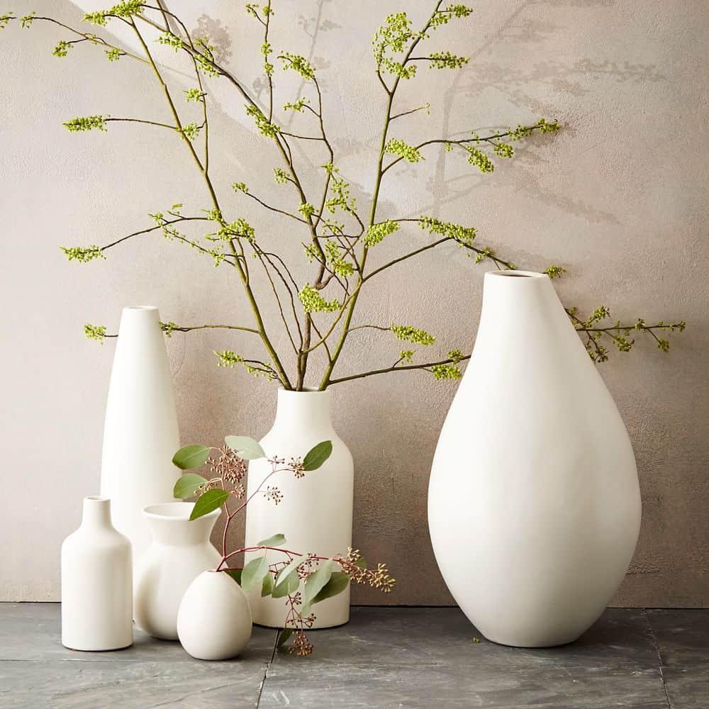 vase, vase decorating ideas, vases decor, vase filler ideas, DIY vase, flower vase, flower vases, ceramic vase, modern decor, white vase