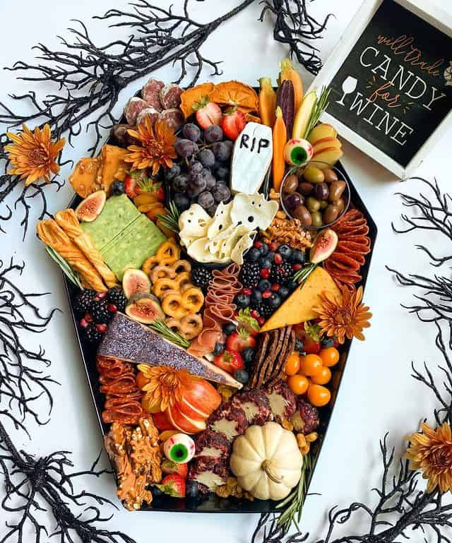 30+ Spooky Halloween Charcuterie Boards For Your Next Party!