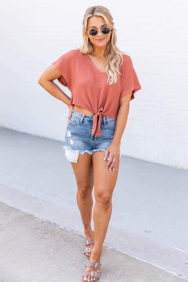 casual summer outfits, casual summer outfits for women, casual summer outfits for teens, summer outfits, summer outfits 2021, summer outfits aesthetic, denim shorts outfit