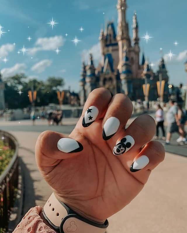 Disney Nails, disney nail designs, Disney Nails simple, disney nail art, Disney Nails acrylic, disney nail ideas, Disney Nails easy, Mickey Mouse nails, Mickey Mouse design, Mickey Mouse nail art