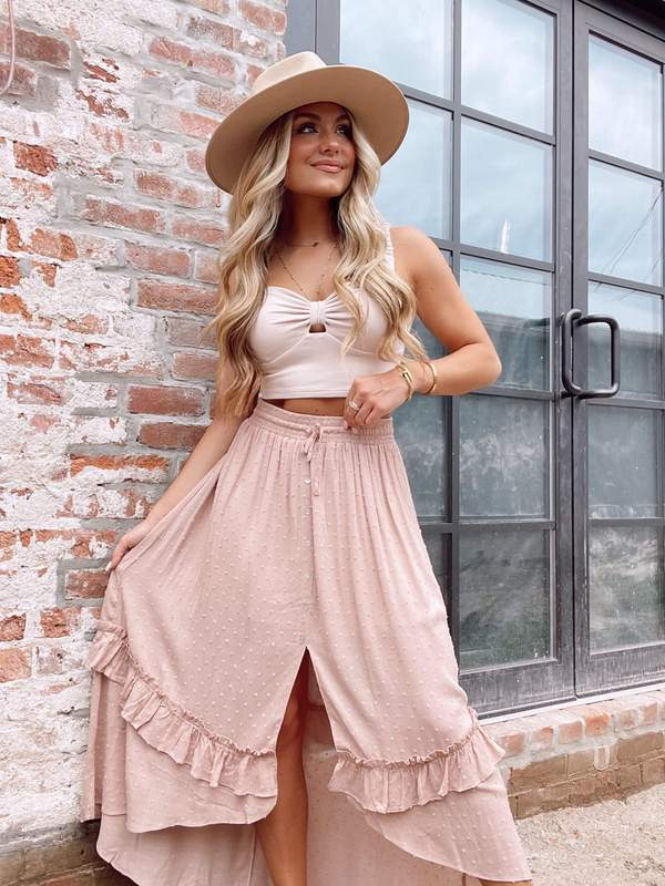casual summer outfits, casual summer outfits for women, casual summer outfits for teens, summer outfits, summer outfits 2021, summer outfits aesthetic, maxi skirt outfit