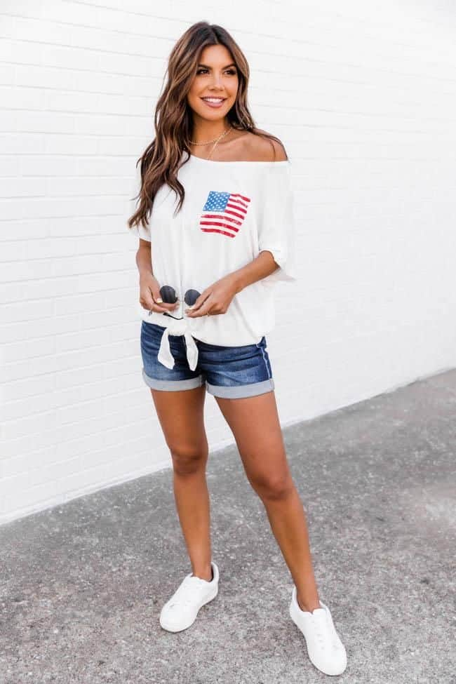 4th of July, 4th of July outfits for women, 4th of July outfits for women party, 4th of July outfits for teenagers, 4th of July outfits for women summer, 4th of July fashion, 4th of July looks, patriotic outfit, patriotic outfits for women, denim shorts outfit