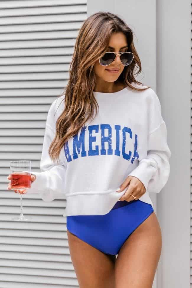 4th of July, 4th of July outfits for women, 4th of July outfits for women party, 4th of July outfits for teenagers, 4th of July outfits for women summer, 4th of July fashion, 4th of July looks, patriotic outfit, patriotic outfits for women, summer graphic tee, graphic tee outfit, graphic sweater, blue bathing suit