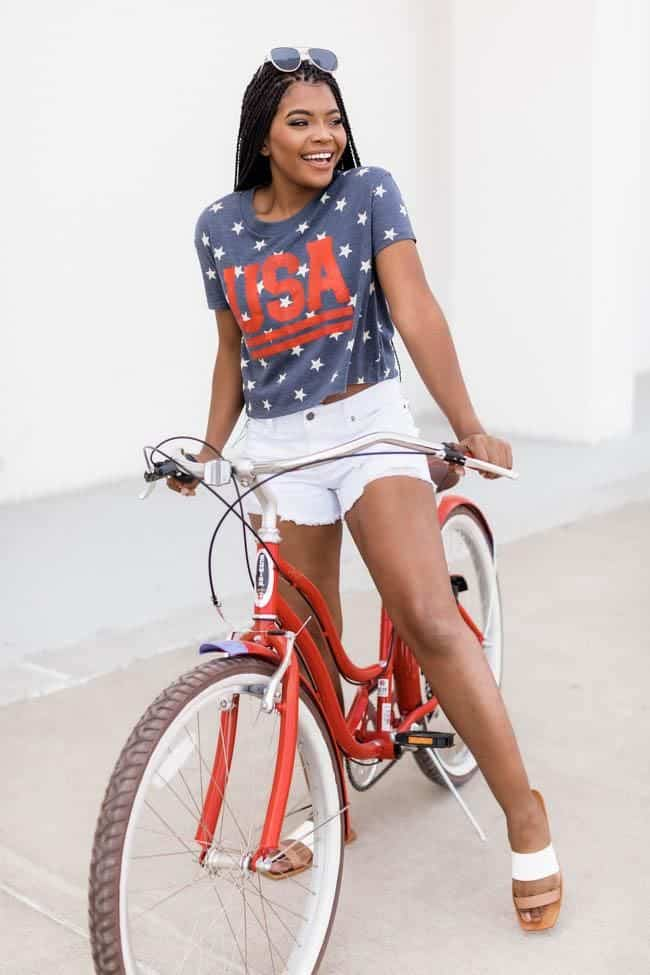 4th of July, 4th of July outfits for women, 4th of July outfits for women party, 4th of July outfits for teenagers, 4th of July outfits for women summer, 4th of July fashion, 4th of July looks, patriotic outfit, patriotic outfits for women, graphic tee outfit, graphic tee fashion