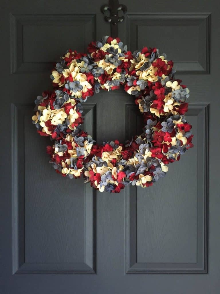 4th of July, 4th of July decorations, 4th of July wreath, 4th of July wreaths for front door, 4th of July wreath DIY, patriotic wreath, patriotic wreath ideas, patriotic wreaths for front door, floral wreath