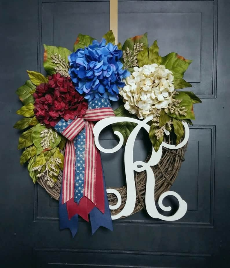 4th of July, 4th of July decorations, 4th of July wreath, 4th of July wreaths for front door, 4th of July wreath DIY, patriotic wreath, patriotic wreath ideas, patriotic wreaths for front door, monogrammed wreath