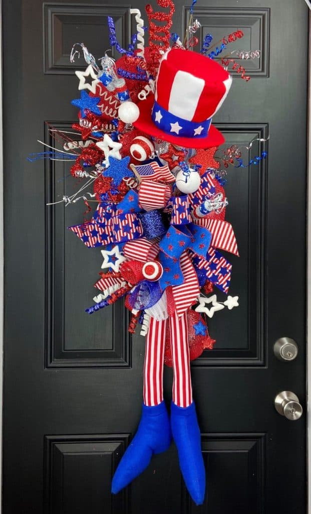 4th of July, 4th of July decorations, 4th of July wreath, 4th of July wreaths for front door, 4th of July wreath DIY, patriotic wreath, patriotic wreath ideas, patriotic wreaths for front door