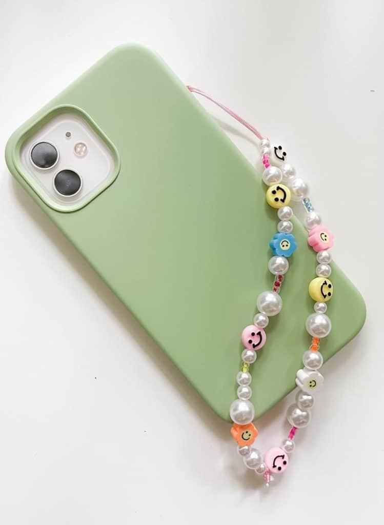 phone charm, phone charm DIY, phone charm aesthetic, phone chain, phone charms beads, phone charm strap, phone charm ideas, 90s phone charm, YTK phone charm, happy face phone charm