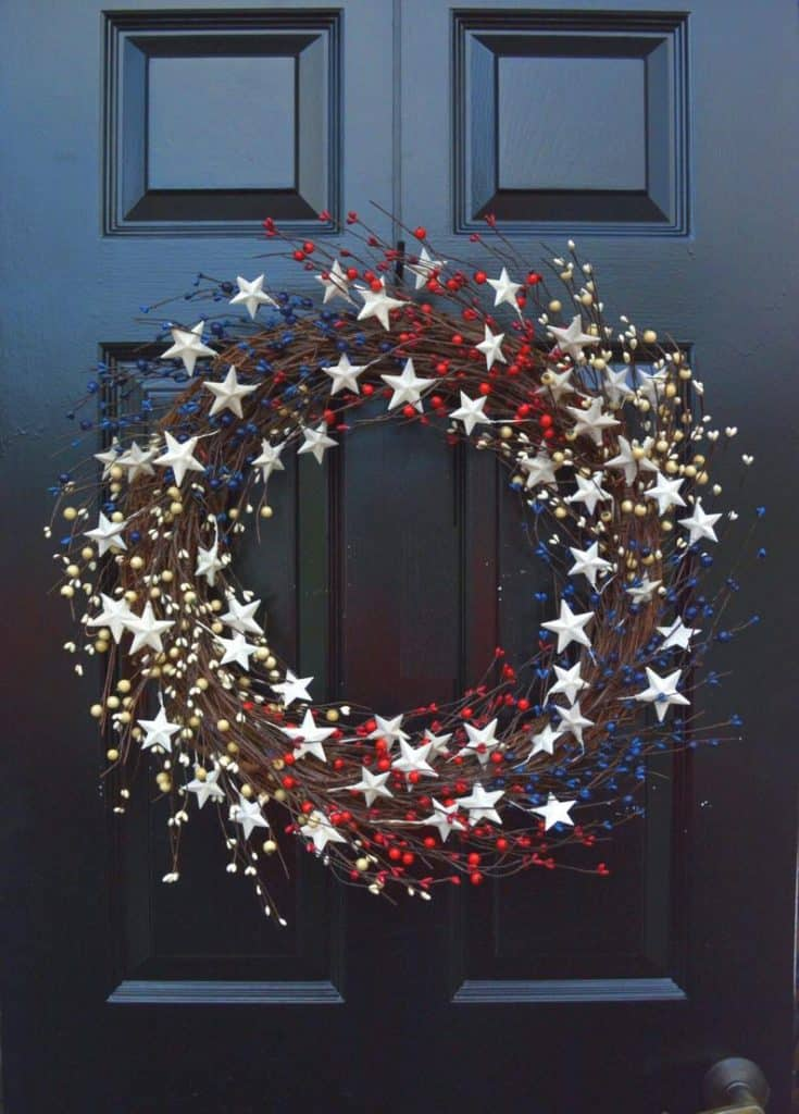 4th of July, 4th of July decorations, 4th of July wreath, 4th of July wreaths for front door, 4th of July wreath DIY, patriotic wreath, patriotic wreath ideas, patriotic wreaths for front door, star wreath