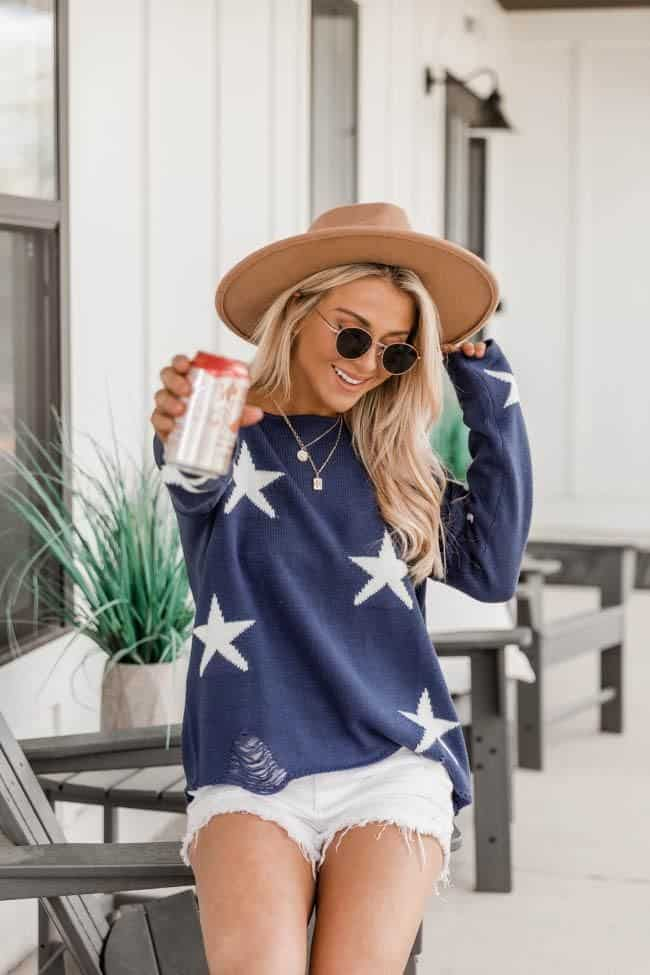 4th of July, 4th of July outfits for women, 4th of July outfits for women party, 4th of July outfits for teenagers, 4th of July outfits for women summer, 4th of July fashion, 4th of July looks, patriotic outfit, patriotic outfits for women, summer graphic tee, graphic tee outfit, star sweater, denim shorts outfit