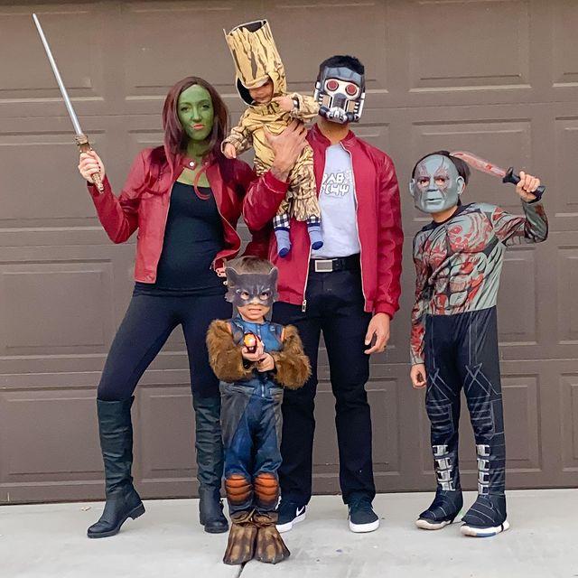 halloween costume, halloween costume family, halloween costume family ideas, family halloween costumes, halloween costumes family for 6, family halloween costumes with kids, halloween costumes family with kids, guardians of the galaxy costume, family halloween costume for 5, halloween costume family of 5